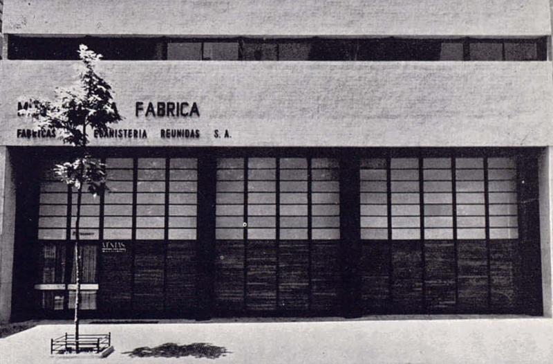 Edifici de Muebles La Fábrica