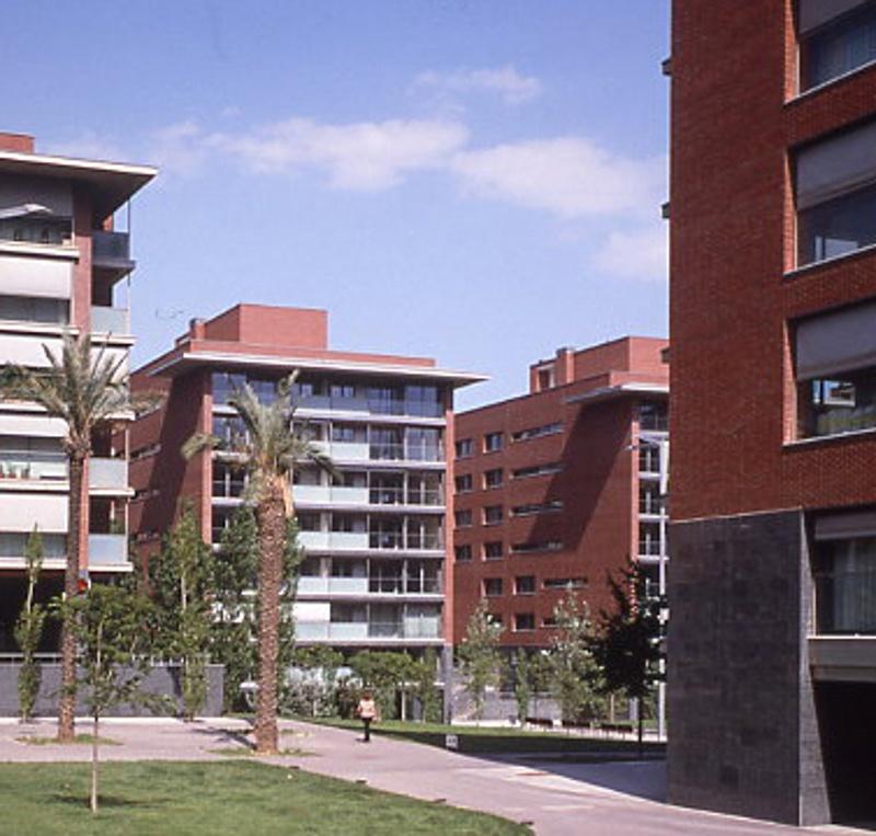 Dwellings and Offices in Sarrià