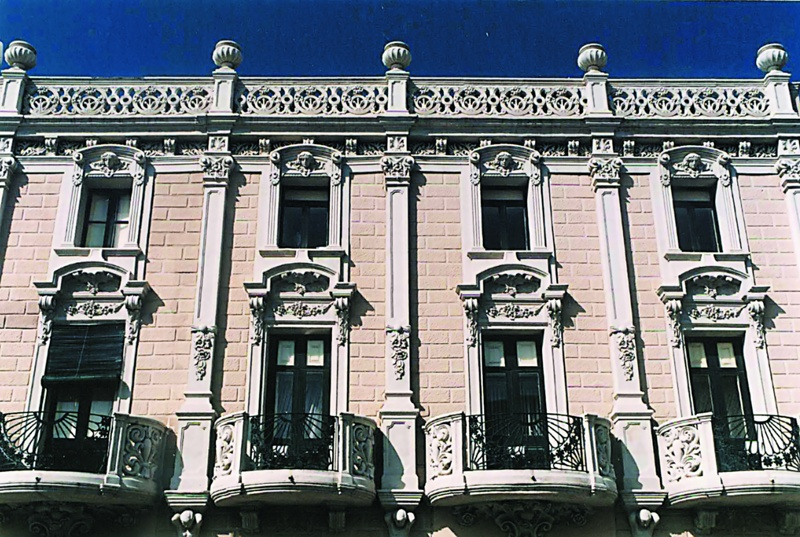 Casa Morales-Talarn