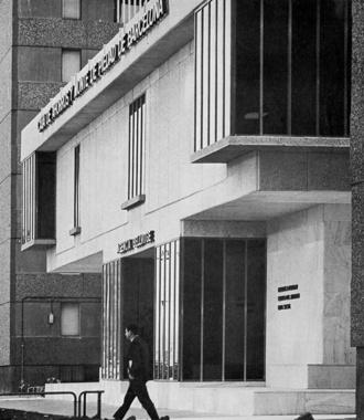 Edifici Bancari i Centre Cultural a Bellvitge