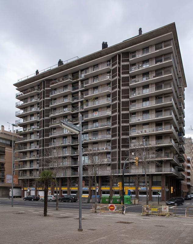 Habitatges Emili Grahit 9-11