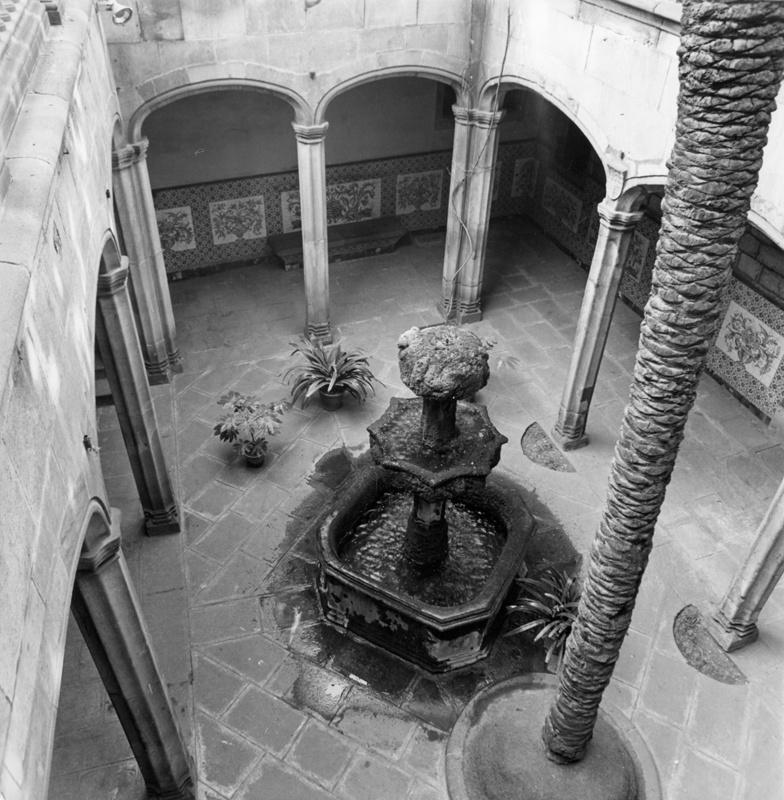 Decoració de l'Arxiu Històric i Obres de Reutilizació i Restauració del Pati