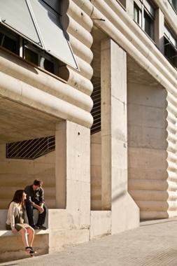 Edifici d'Habitatges Socials Torre-Sana