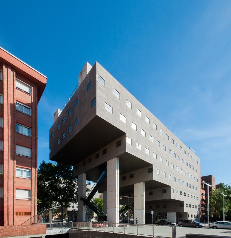 Tres Edificis d'Oficines