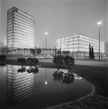 Filial, Exposició i Torre d'Oficines SEAT