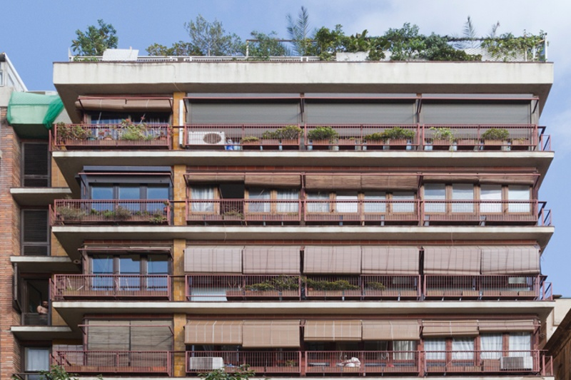 Habitatges Rosselló 152