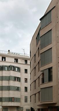 Arrangement of Buildings around Plaça de Sant Agustí Vell