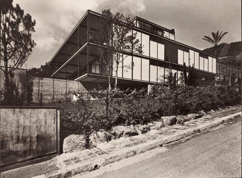 Ballbé House