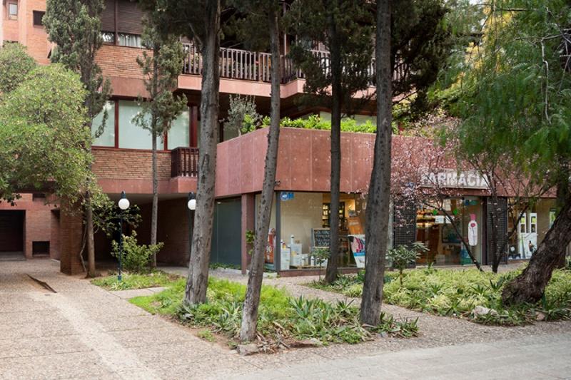 Edificio de Viviendas Via Augusta 242