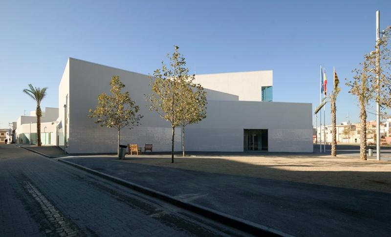 Sede del Ayuntamiento de Sant Pere de Ribes en Les Roquetes