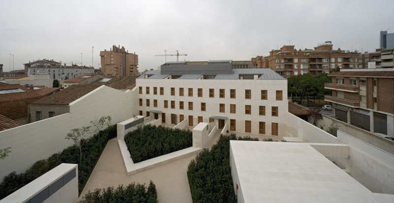 Mestre Olivella Dwellings