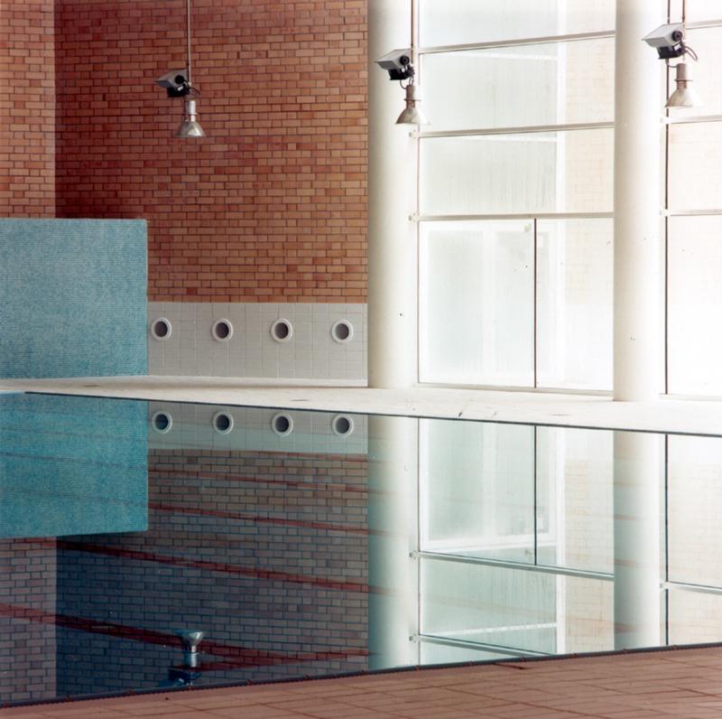 Llefià Municipal Swimming Pool