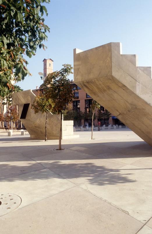 Constitució Square