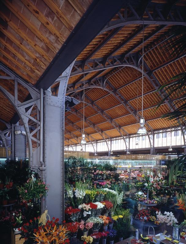Rehabilitation and Remodelling of La Concepció Market