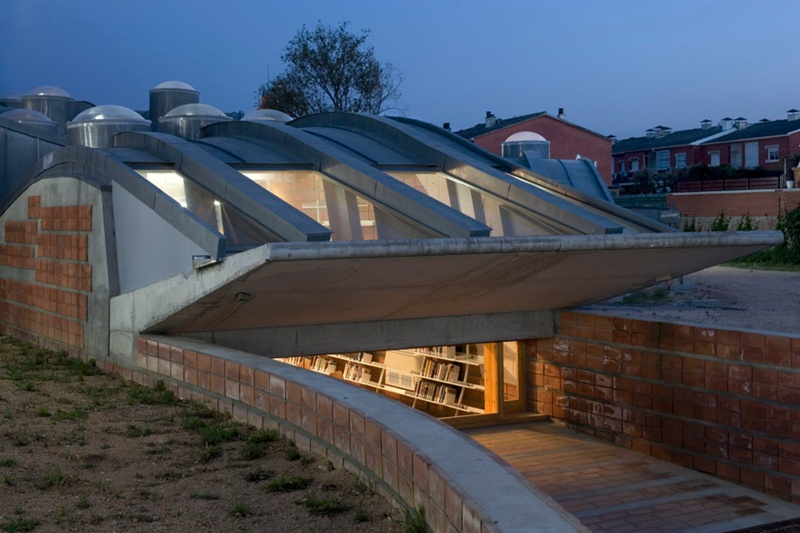 Enric Miralles Library