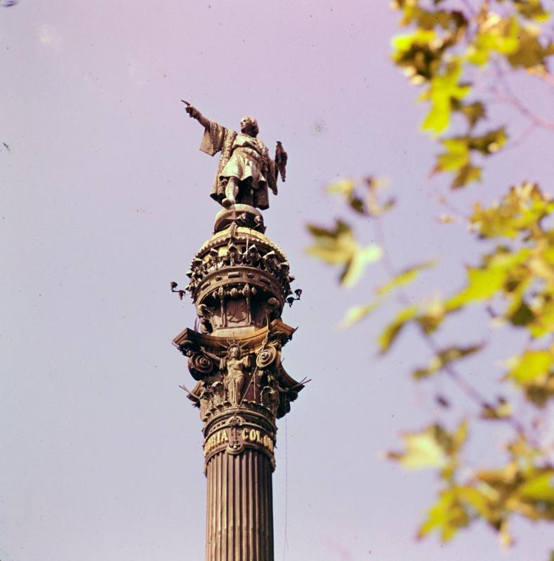 Monument to Columbus