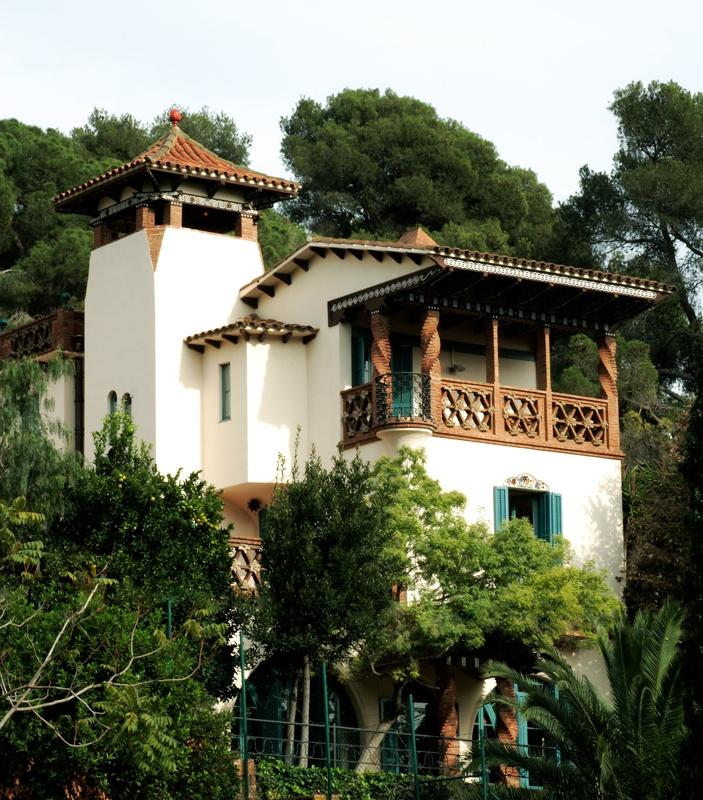 Manuel Dolcet House