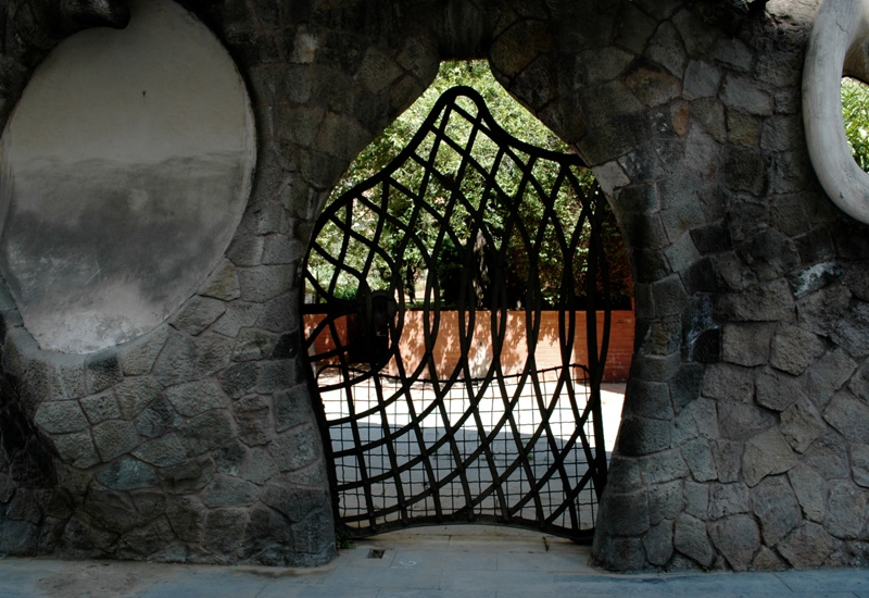Restoration of the Gateway and Boundary Wall of the Miralles Estate
