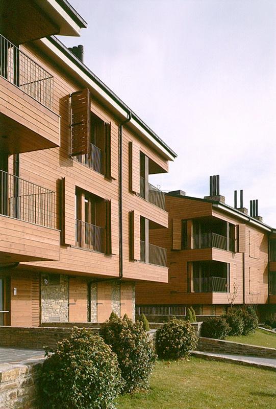 Sota Muralla Residential Complex