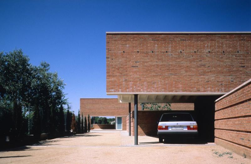 Uriach House