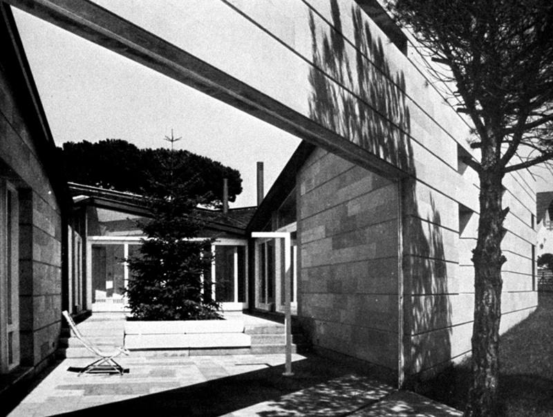 Neeskens House