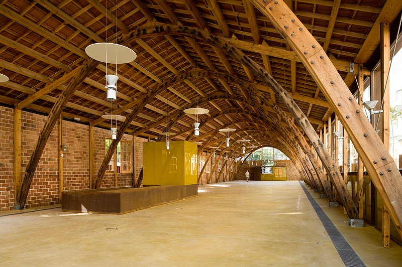 Gaudí Warehouse (Remodelled to House the Bassat Collection)