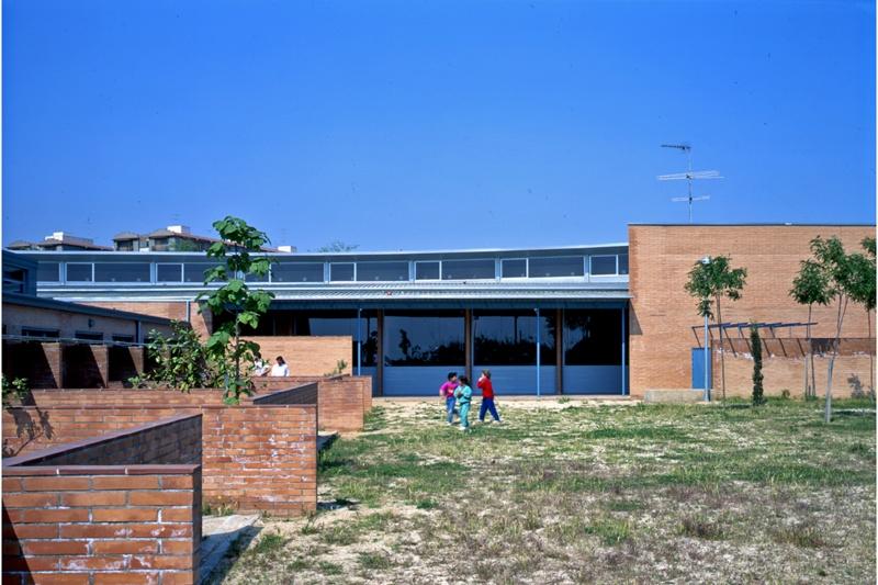 Escuela del Cros y Escuela de Les Aigües
