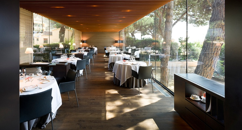 Extension of the Hispania Restaurant