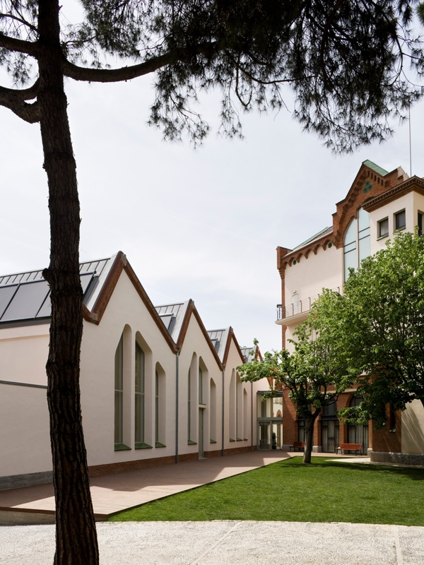 Edifici Cultural de l'Obra Social Caixa Sabadell