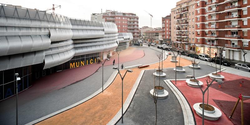 Mercado de Rubí, Plaza y Oficinas
