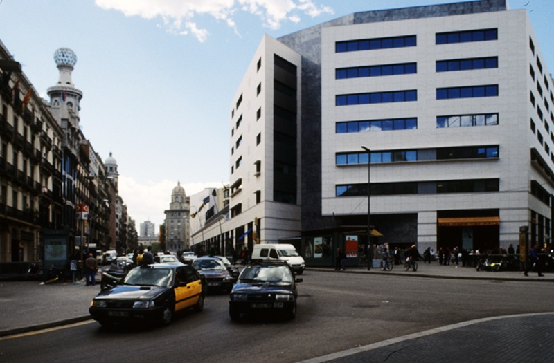 Centre Comercial 'El Triangle'