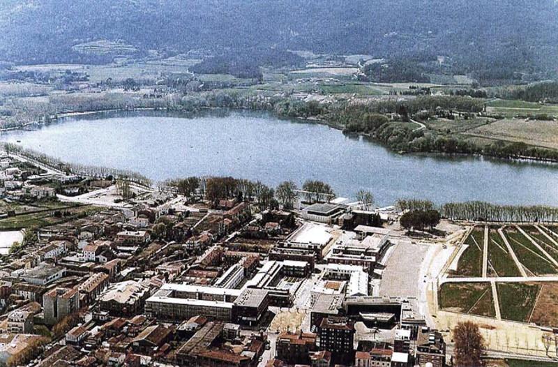 Edifici d'Habitatges a la Vila Olímpica de Banyoles