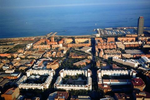 Tres Illes d'Habitatges a l'Eixample Cerdà