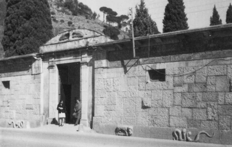 Fachada Principal del Cementerio Viejo de Girona