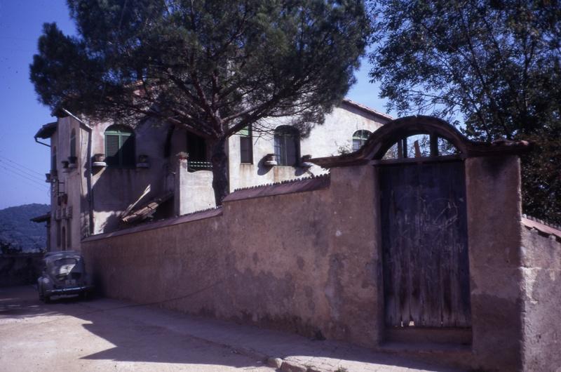 Vinyes Miralpeix House