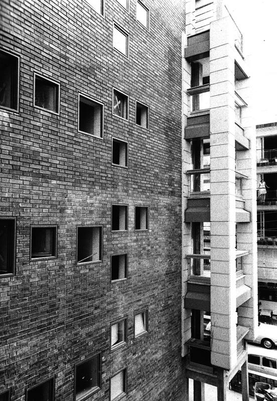Ancla Roja Apartments