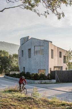 Marunys House