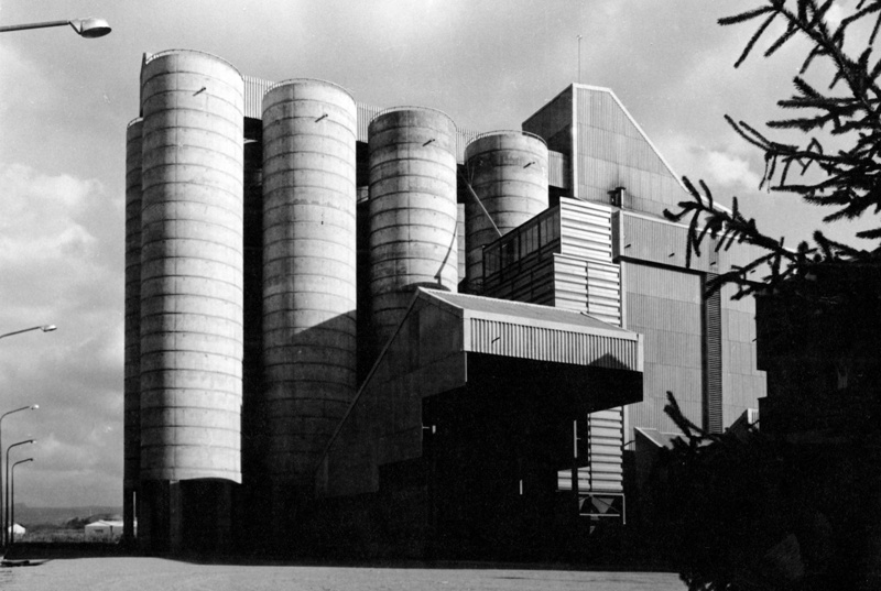 Puntí Animal Feed Factory Building