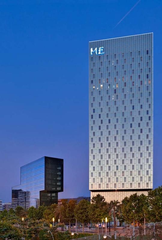Hotel Me