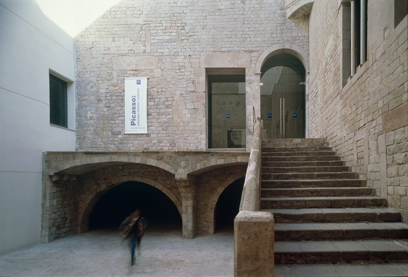 Extension of the Picasso Museum and Annexation to Mauri and Finestres Houses