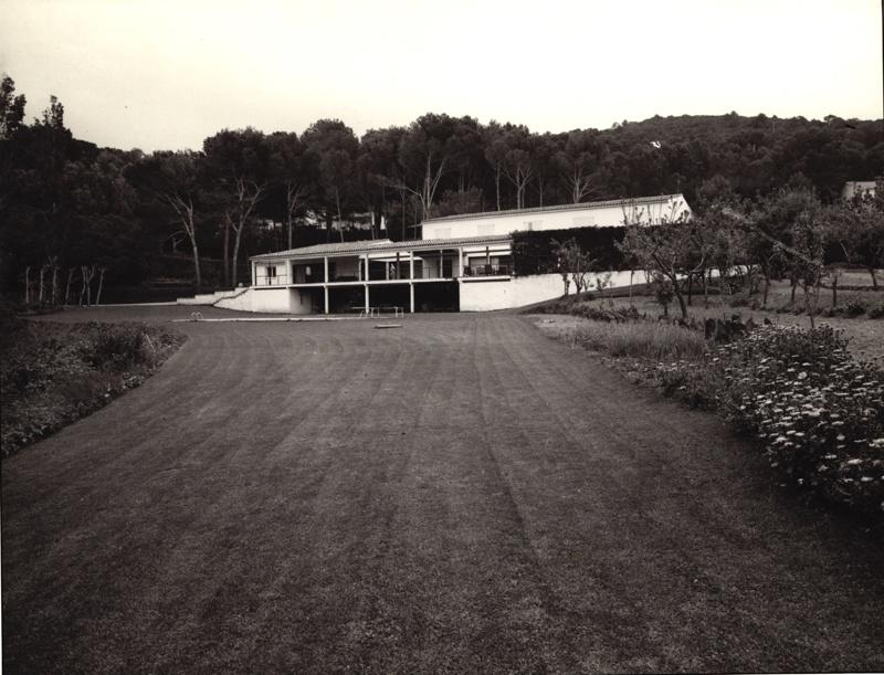 Cantarell House