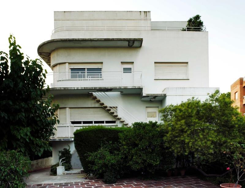 Casa Barangé