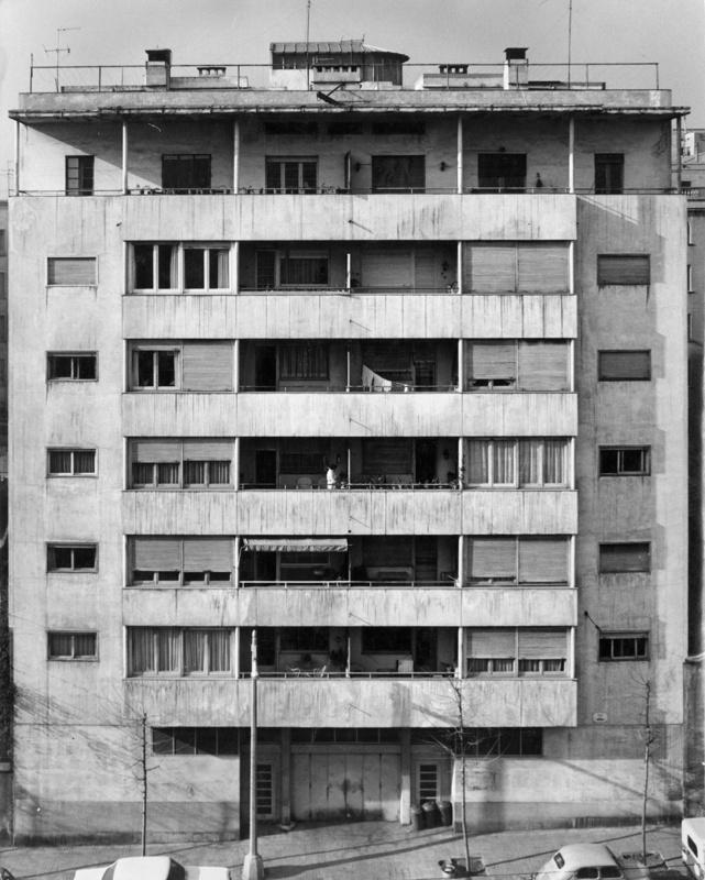 Edificio de Viviendas J. Espona