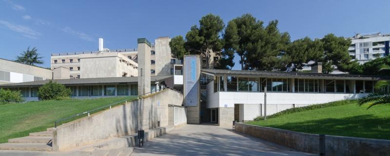 Aulario y Bar para la Facultad de Derecho de la UB