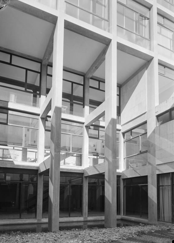 Escola Universitària d'Estudis Empresarials de la UB