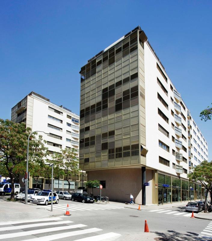 Joan Güell Multifunctional Complex