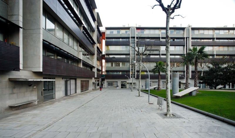 133 Dwellings in the Vila Olímpica