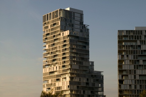 Diagonal Mar Dwellings