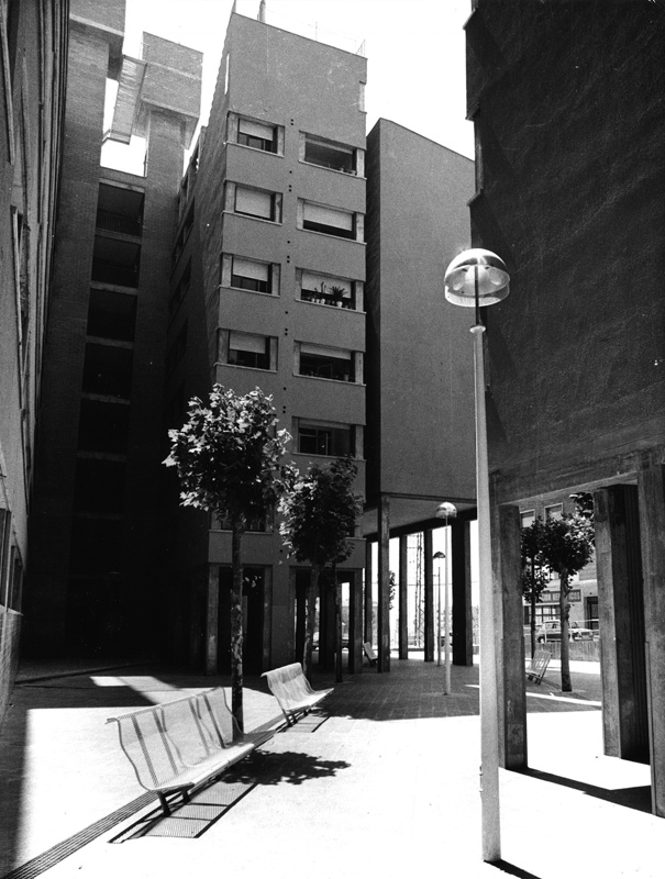 Puig i Cadafalch Residential Street Block
