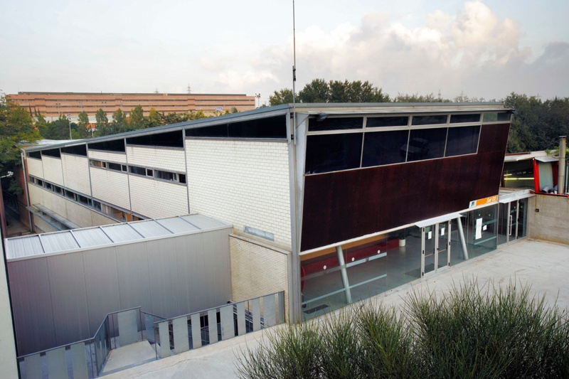 Edifici Central de Serveis Esportius de la UAB